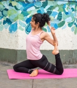 sandra rosasco yoga photo